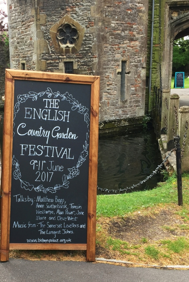 country garden festival_web